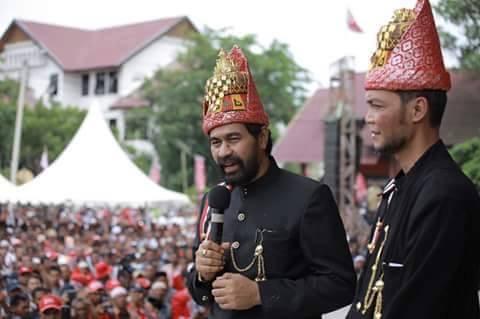 Muzakir Manaf (Mualem) dan TA Khalid