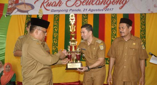 Syiah Kuala Juara Festival Kuah Beulangong