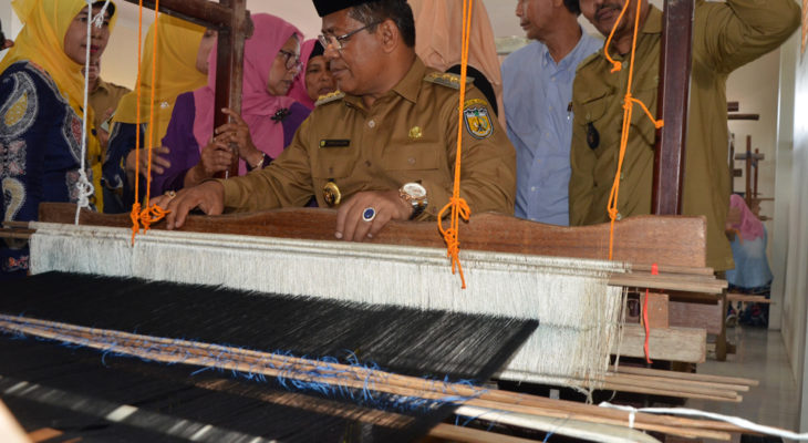 Mewujudkan Lamgugop sebagai Sentra Produksi Songket Banda Aceh
