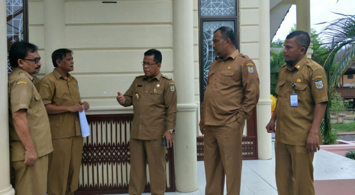 Amin-Zainal Cek Kesiapan Stand Banda Aceh