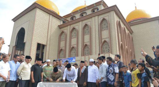 Resmikan Masjid Agung Subulussalam