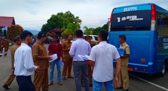 Pantau Pendataan Kendaraan Dinas Operasional di Aceh Besar