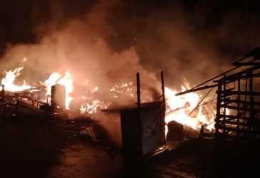 2 Unit Rumah Terbakar di Desa Keutapang Pidie