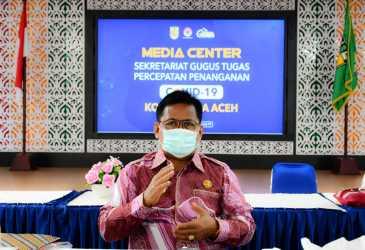 Wali Kota Apresiasi Kecamatan Baiturrahman Tuntas Salurkan BLT