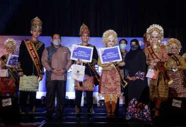 Muhammad Akkral dan Fadhilaturrahmi Terpilih Menjadi Agam Inong Banda Aceh