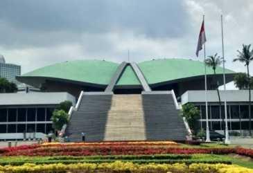 Anggota DPR RI Asal Aceh Ikut Banleg Pengesahan UU Cipta Kerja
