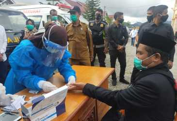 Rapid Test di Halaman DPRK, Bupati Bener Meriah Reaktif