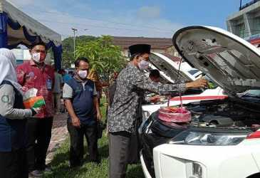 Kondisi Mobil Lama Sudah tak Layak, Dua Puskesmas di Aceh Selatan Terima Ambulans Baru