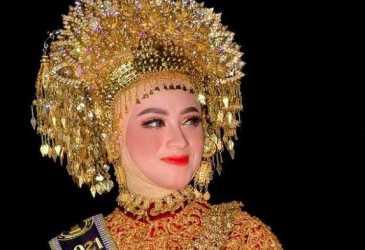 Cut Mutia, Finalis Puteri Wisata Aceh II Dukung Rencong Batu Tembus API 2020