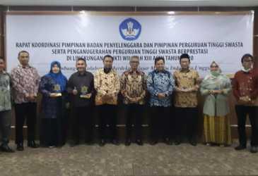 Unmuha Raih Predikat PTS Terbaik di Aceh