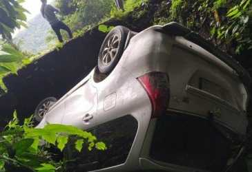 Mobil Avanza Milik Warga Bener Meriah Masuk Jurang di Kawasan Ise-ise, Begini Kondisi Penumpang