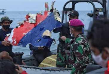 Roda dan Badan Pesawat Sriwijaya Air SJ 182 Ditemukan