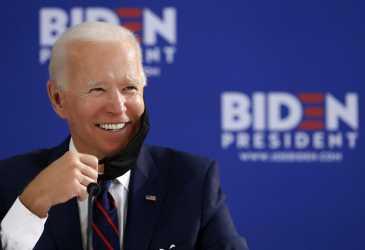 Joe Biden Cabut Larangan Masuk Negara Muslim