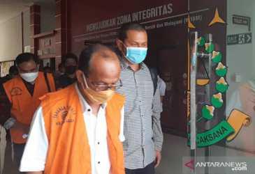 Tahan Lima Tersangka Korupsi Proyek Pemeliharaan Jalan Rp10,7 Miliar