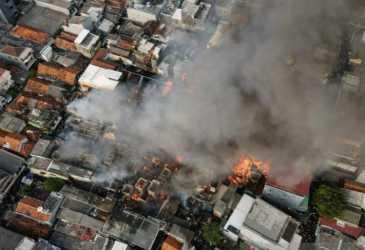 Kebakaran Hanguskan 112 Rumah Warga