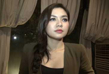 Vicky Shu Ngaku Lihat Pocong saat Pulang Salat Subuh