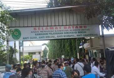 Polisi Bakal Lakukan Swab Antigen Acak jika Massa Habib Rizieq Berkerumun