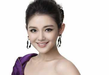 Barbie Hsu Gugat Cerai Suami