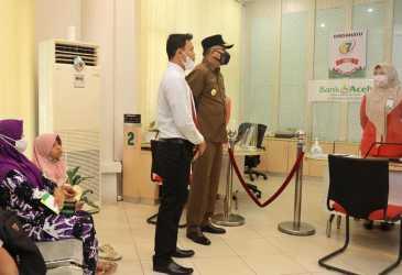 Pantau Pelayanan Bank Aceh Cabang Singkil