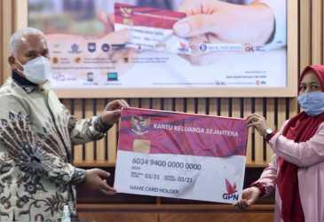 Luncurkan Secara Resmi Penyaluran Bansos PKH dan Sembako Melalui BSI