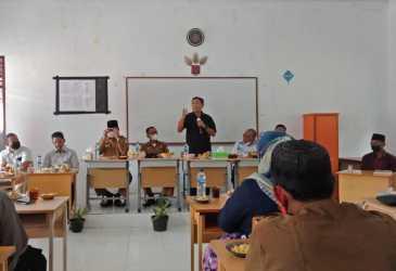 Kadisdik Aceh Launching Pembelajaran Kelas Jauh