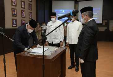 Kukuhkan Pejabat Struktural Inspektorat Aceh