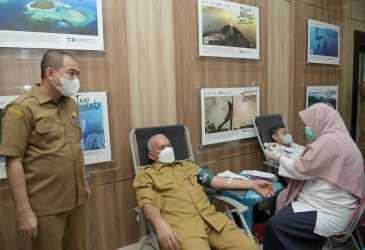 Ikut Donor Darah Bersama ASN Disbudpar Aceh