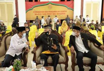 Hadiri Pengukuhan Anggota Majelis Tuha Peut Wali Nanggroe
