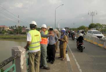 Pimpinan DPRK Banda Aceh Kunjungi Proyek Play Over