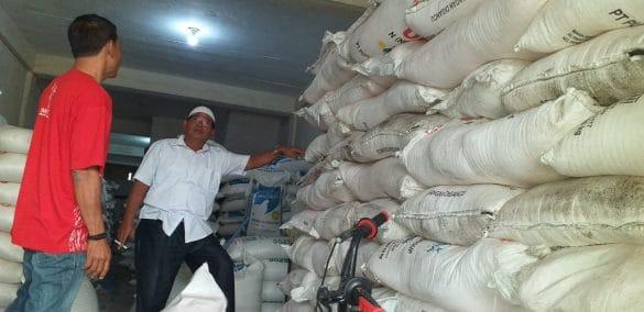 Plt Kadis Pertanian Agara Ancam Cabut Izin Bagi Distributor Nakal
